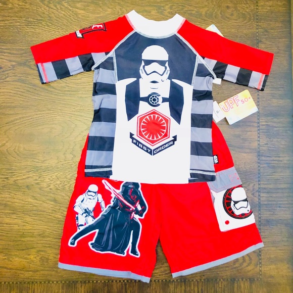 UV Protection Swim Shirt Rash Guard Boys Sz XS NEW Star Wars Disney Red UPF 50